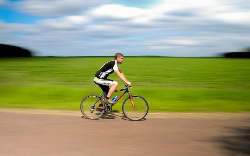 passeggiare in bicicletta